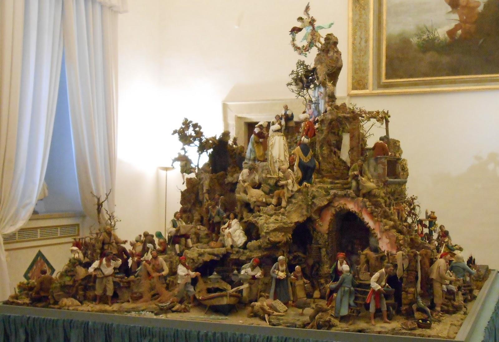 Traditional Nativity Set & Catholics
